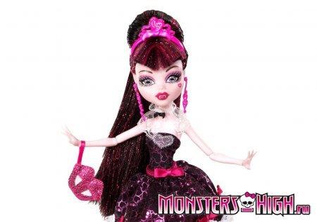 Кукла Дракулаура (Draculaura) из серии Draculaura's Sweet 1600