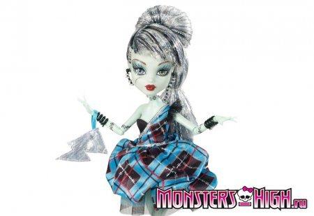 Кукла Фрэнки Штейн (Frankie Stein) - серия Сладкие 1600